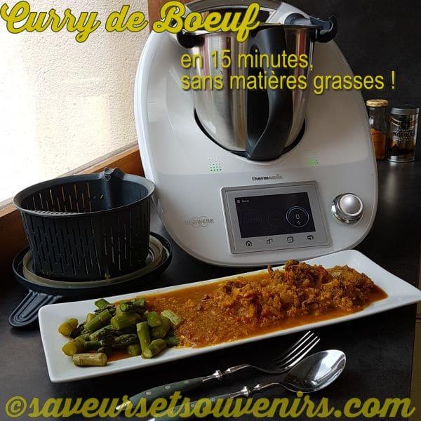 J'ai cuit des asperges à la vapeur dans le panier de cuisson, et vous pouvez cuire les courgettes, du broccoli, du chou-fleur etc si vous préférez