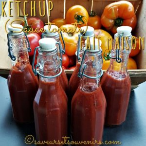Ma récolte de tomates cette année m'a permise de faire 6 bouteilles de délicieuse sauce ketchup dans mon Thermomix