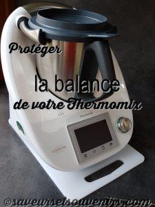 Protégez la balance de votre Thermomix en le posant sur une simple planche à découper en plastique !
