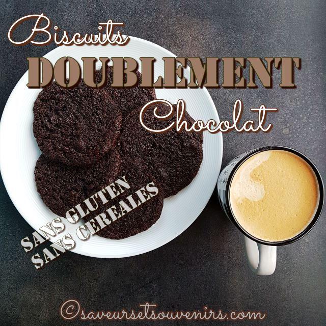 Ces biscuits doublement chocolat sont diablement bons, grâce à leurs morceaux de chocolat noir et au goût intense du cacao.
